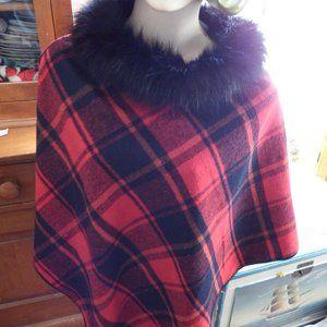 Odiva Red Plaid Poncho W/ Faux Fur Collar